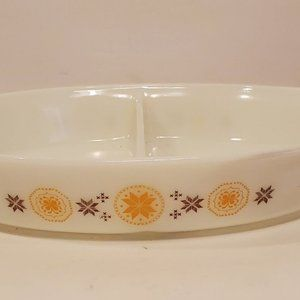 Vintage Pyrex Town & Country Divided Dish 1 1/2 QT